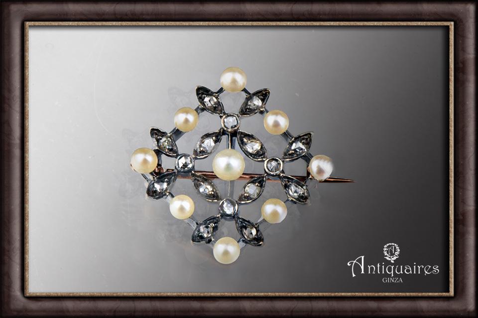パール&ダイヤモンドのひし形ブローチ